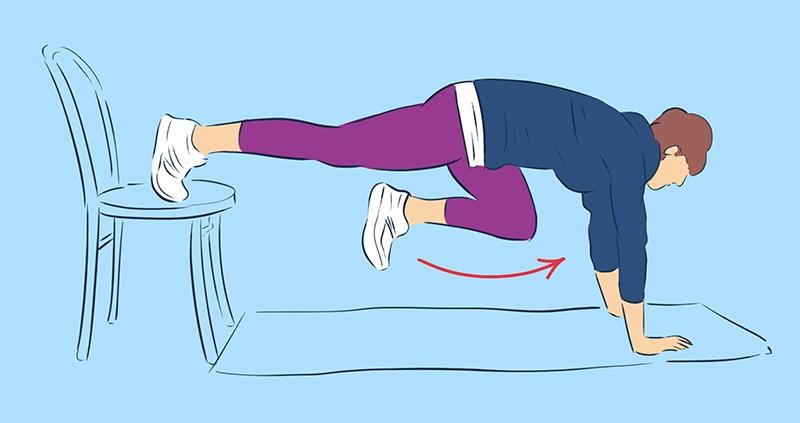 Японская тренировка с книгой для похудения ног! 2 минуты, и жировые ловушки тают… Привела свои ножки в порядок, не вставая со стула.