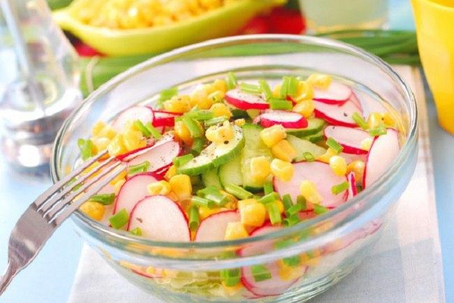 Салаты из редиса: самые удачные комбинации ингредиентов