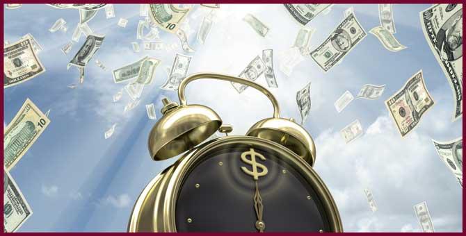 Денежные дни: когда финансовая удача сама пойдет к вам в руки